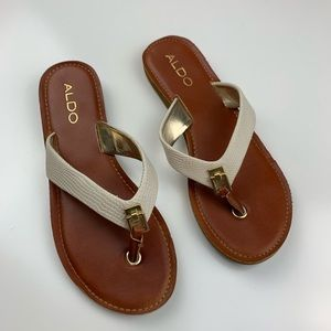 ALDO size 6 flip flop thing sandals